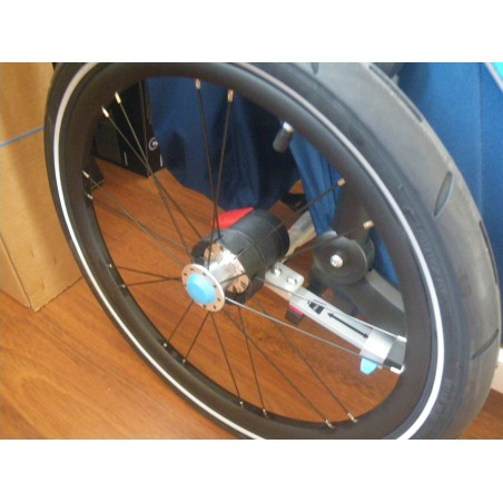 Reparatur knarzender Laufräder bei Thule Chariot -Modellen ab Baujahr 17